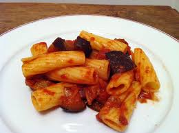 cuisine sicilienne penne alla norma pâtes siciliennes aux aubergines et tomates