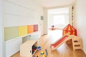 chambre enfant sur mesure chambre enfant comment l aménager camber des placards et un