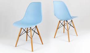 chaise dsw pas cher chaise dsw bleue ciel avec pieds en bois style scandinave