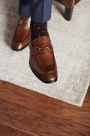 tv personality michael strahan debuts shoe collection with