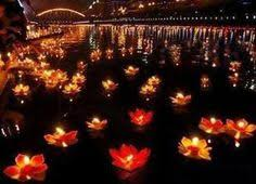 luck lanterns if you any of water near your wedding these floating