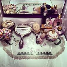 Vintage Vanity Table Antique Vanity Sets Best 25 Vintage Vanity Ideas On Pinterest