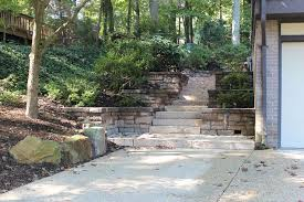 how to build a segmental retaining wall revolutionary gardens
