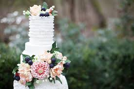 alice in wonderland inspired wedding by jamie rae