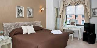 Standard OneBedroom Apartment Apartments Arlington House - One bedroom apartment in london