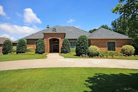 in suite homes luxury one level homes tulsa luxury home jenks schools 5 beds