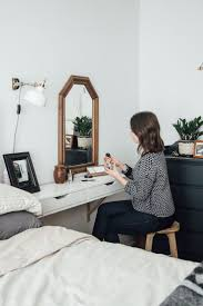 best 25 minimalist dressing tables ideas on pinterest chic desk