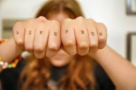 60 latest knuckle tattoos