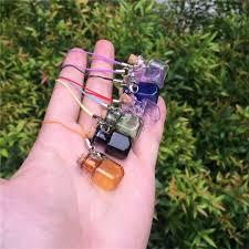 cara membuat gantungan kunci dari vial persegi panjang berbentuk botol kaca mini dengan gabus lobster