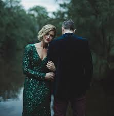 australian kangaroo valley wedding marissa alex green wedding