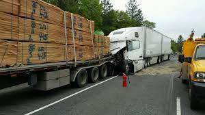 semi truck pictures police investigate semi truck crash near merlin hill kdrv news