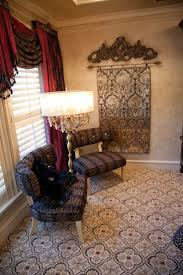 102 best donna moss bling is her thing images on pinterest hgtv s donna decorates dallas season 1 elegant sitting area in master suite tuscany decorinterior