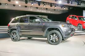 brown jeep grand cherokee 2017 2017 jeep cherokee trailhawk news reviews msrp ratings with