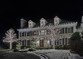 christmas light decoration company your guide to hiring christmas and holiday decorating services in
