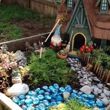 gnome garden going to make one of these i have my house started