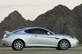 hyundai tiburon coupe models price specs reviews cars com