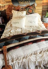 Western Style Bedroom Ideas Best 25 Junk Gypsy Bedroom Ideas On Pinterest Diy Furniture
