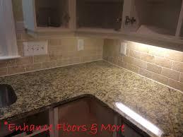 pictures of kitchen backsplashes with granite countertops new venetian gold granite countertop with tumblestone backsplash