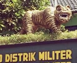 Tiger Meme - indonesian military bullied into destroying tiger statue because