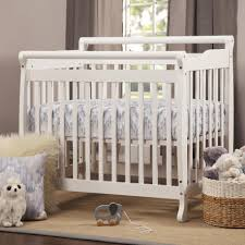 Mini Crib Vs Bassinet by Davinci Emily Convertible Mini Crib White Toys