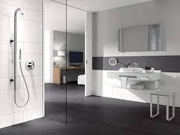 badezimmer weiß grau moderne fliesen weiss grau atemberaubende auf deko ideen in