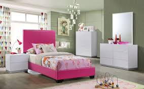 Upholstered Bedroom Sets Lola Youth Bedroom Set W Pink Upholstered Bed Global Furniture