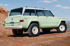 new jeep wagoneer concept relive the 60s with jeep s fabulous wagoneer roadtrip concept