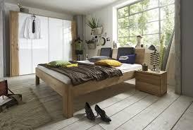 Schlafzimmerm El Wildeiche Kleiderschrank Endlosschrank Mit Baumkante Massivholzschrank In