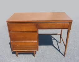 Modern Style Desks Vintage Mid Century Modern Style Writing Desk 4 Drawers Peg