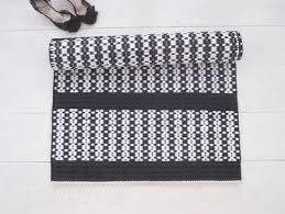Black And White Floor Rug Floor Rugs Leeda Ots