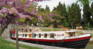 chambre d hote canal du midi hotel barge cruises on the canal du midi hotel barge beatrice