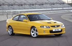 vauxhall vxr8 ute vauxhall monaro coupe review 2004 2006 parkers