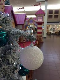 sales thanksgiving day shopping on thanksgiving some eugene springfield stores plan to