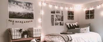 dorm room string lights 6 great ways to decorate your dorm room with lights bright ideas
