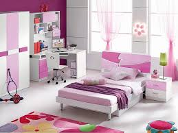 fashionable kids bedroom ideas with fuchia and purple colour