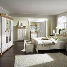 Schlafzimmer Einrichten Landhausstil Gemütliche Innenarchitektur Schlafzimmer Rustikal Gestalten