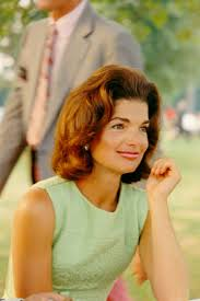 jaqueline kennedy iconic jackie kennedy fashion pictures style photos of jackie o