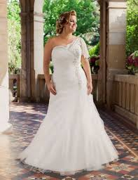 wedding dress for curvy 10 principles of psychology you can use to improve your wedding