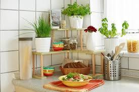 pots cuisine d oration herbes aromatiques en pot la déco maison idéale
