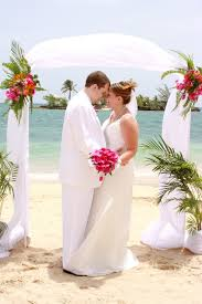 wedding dress color white or ivory