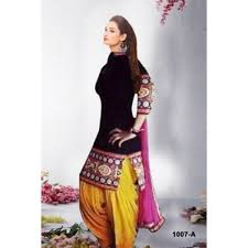 pink is a combination of what colors what color combination of dupatta would match on a hot pink salwar
