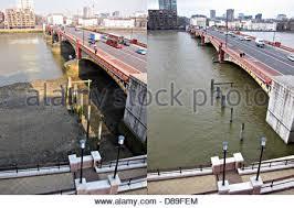themse gezeiten london sehr niedrigen gezeiten der themse in vauxhall london stockfoto