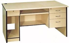 attrayant table de bureau en bois chene massif colonial 3107 beraue