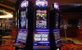 casinos with table games in new york at long last aqueduct casino opens crain s new york business