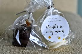 rehearsal dinner favors wedding cakes amazing cake pop wedding favors to suit every
