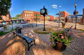 best town squares in america the 39 best small towns in america to visit in 2016 etcetera