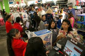 craving deals las vegas valley shoppers flood stores
