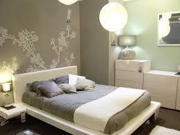 peindre sa chambre repeindre une chambre avec couleur chambre ado images repeindre une