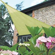 amazon com easy gardener sun sail triangle sun shade 5 year sun