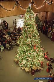 christmas walk in historic nauvoo tree lighting at nauvoo